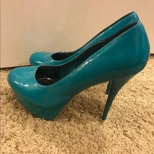 Charlotte Russe High Heel Pumps (Size 10)
